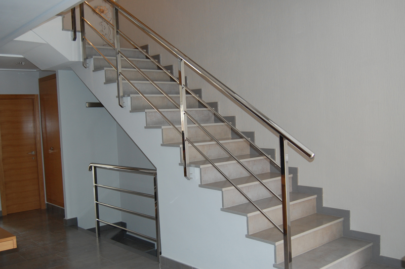 Grupo it metal paint cutting laser for Barandillas de escaleras interiores